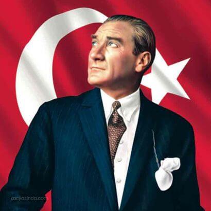 Mustafa Kemal Atatürk kimdir? Kaç yaşında?
